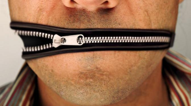 Diffamazione: niente carcere per i giornalisti, salvi i blogger. OdG: è un bavaglio