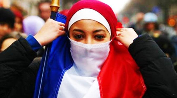 Sottomissione, Michel Houellebecq confonde l'Islam con la poligamia!