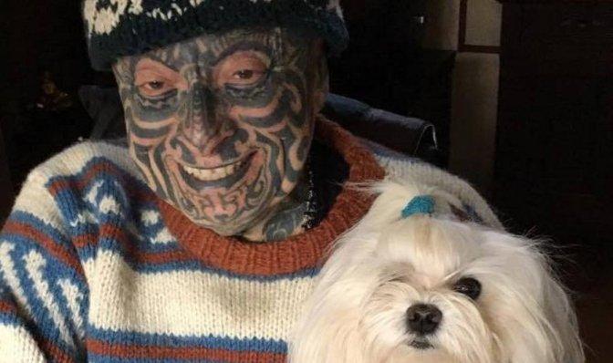 Tatuaggi e Poesie, la commozione dell'uomo Tattoo