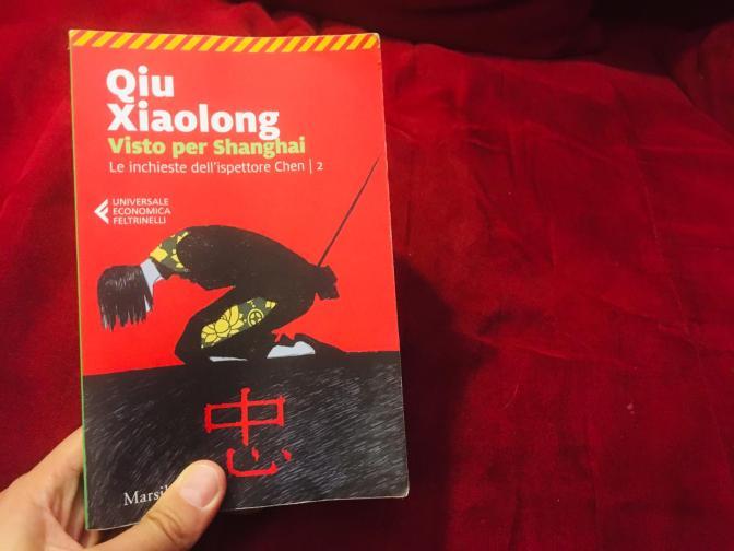 Io Qiu Xiaolong lo promuovo a pieni voti e vi spiego perché