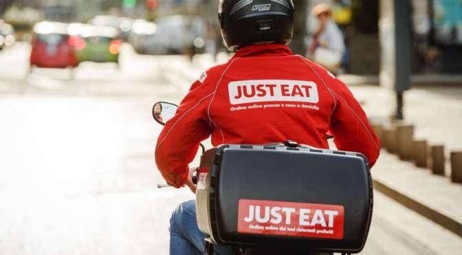 Just Eat, novità per il delivery: oltre al cibo pronto anche quello da cucinare